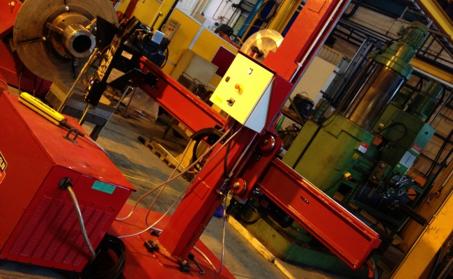 2.5m x 2.5m Column and Boom Welding Manipulator with NA-5 1