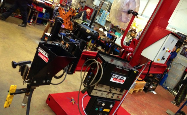 2.5m x 2.5m Column and Boom Welding Manipulator with NA-5 2
