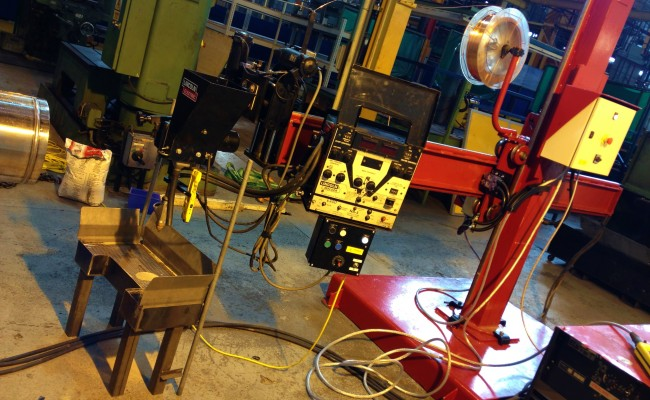 2.5m x 2.5m Column and Boom Welding Manipulator with NA-5 6