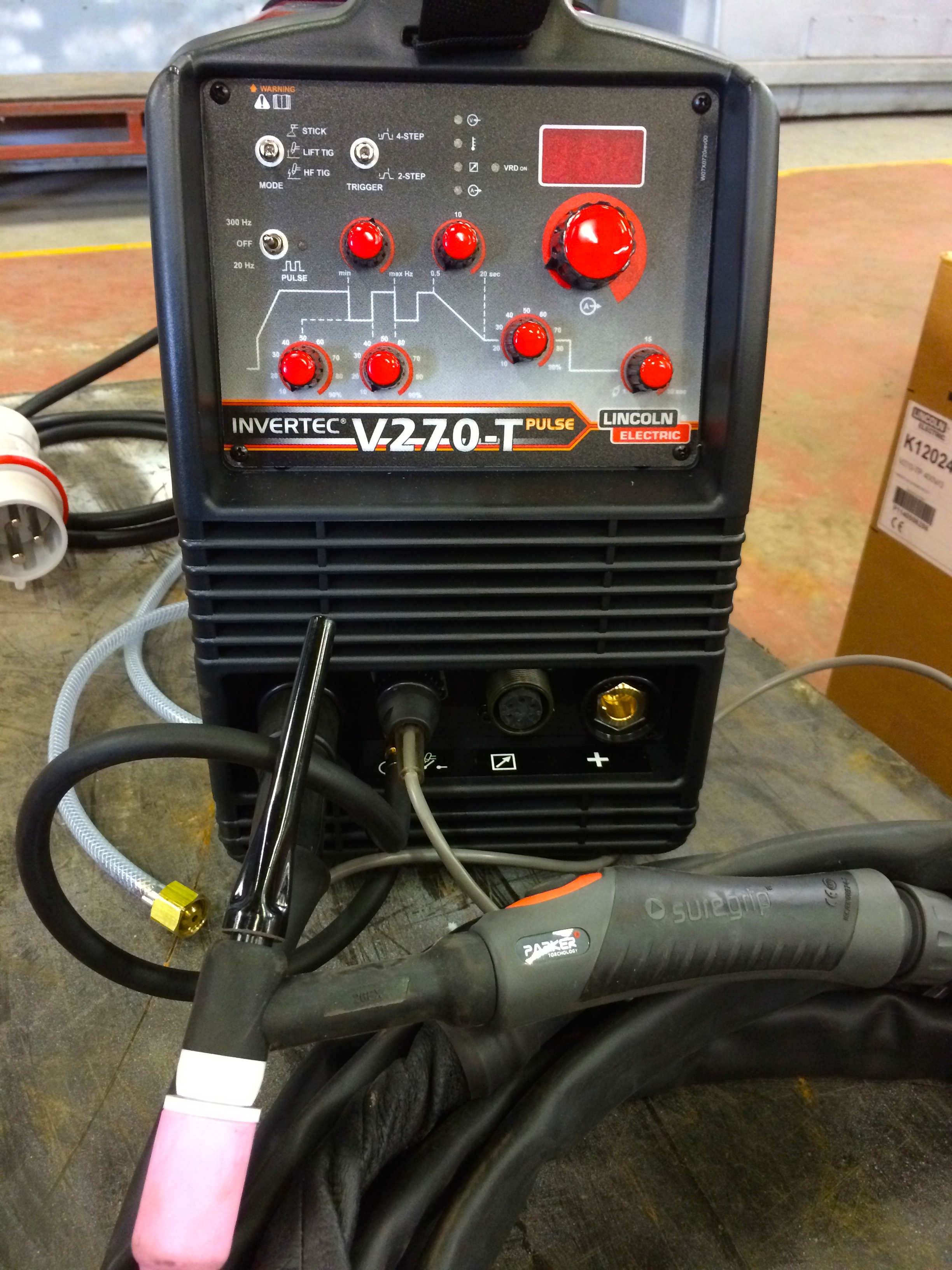 Lincoln Electric Invertec V270 T Pulse Tig Welding Machines Stick Welder Inverter
