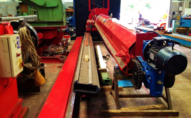 7m x 7m Column and Boom Welding Manipulator 2