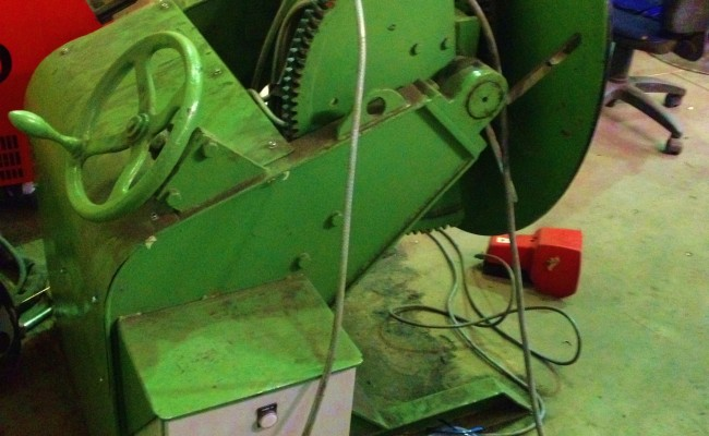 BODE 500 kg Welding Positioner with Chuck and Foot Pedal 1