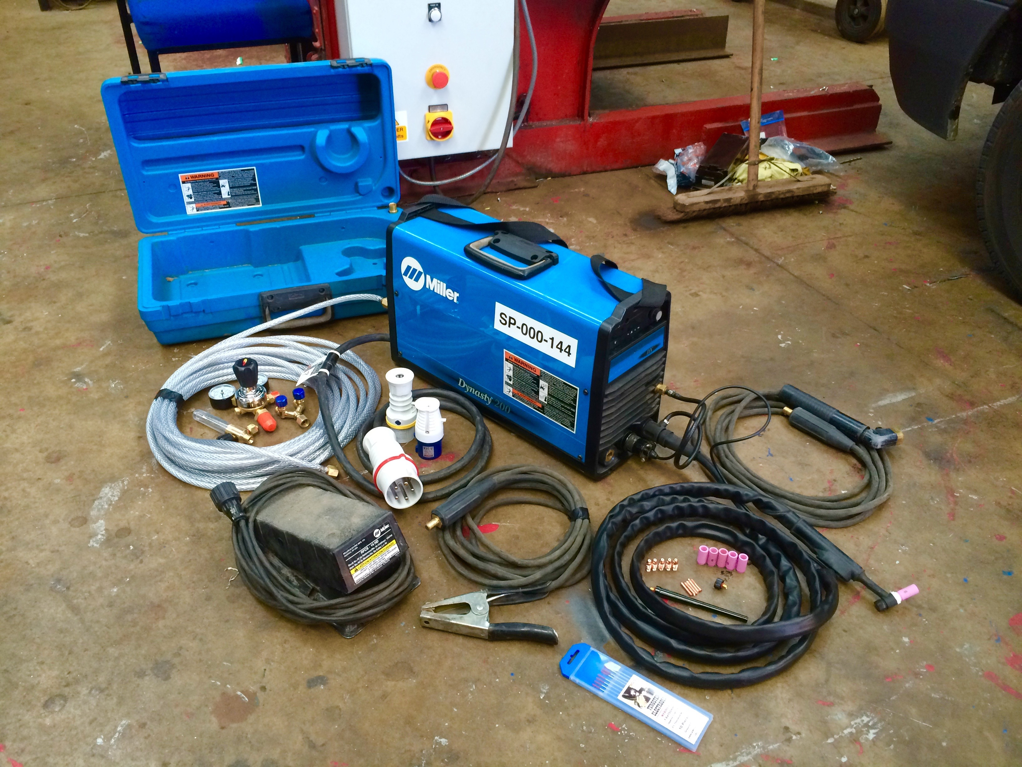 Miller Dynasty 200 Dx Ac Dc Tig Welding Machine Maxstar Wiring Diagram Acdc With Foot Pedal