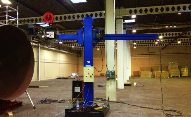 BODE 3 x 3 Column and Boom Welding Manipulator 2