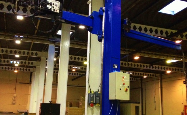 BODE 3 x 3 Column and Boom Welding Manipulator 3