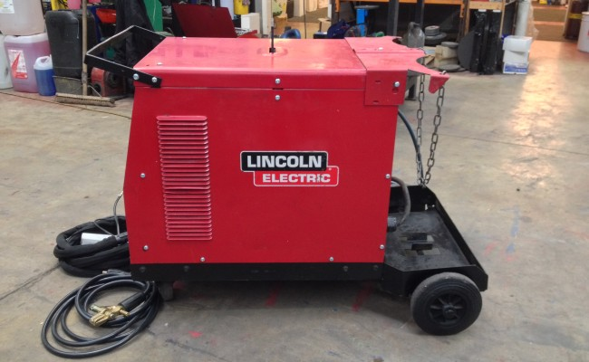 Lincoln Electric Sqaure Wave 275 ACDC TIG 5