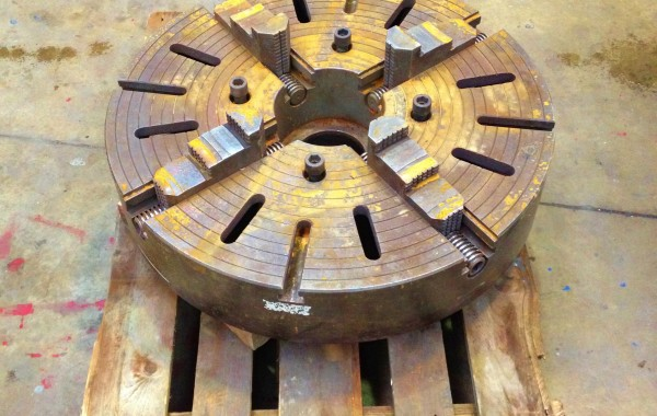 32″ 4 Jaw Welding Chuck with Chuck Key