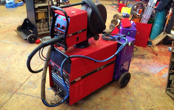 Lincoln Electric CV 405-I Water Cooled MIG Welding Machine with LF 33 Wire Feeder