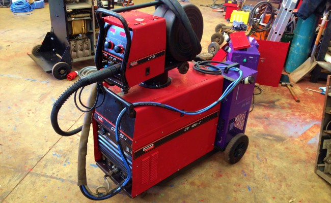 Lincoln Electric CV 405 I Water Cooled MIG Welding Machine 1