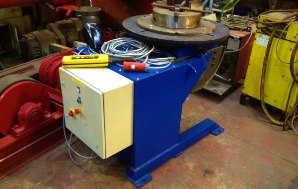 1 Tonne Used Welding Positioner fitted with Welding Chuck for Hire