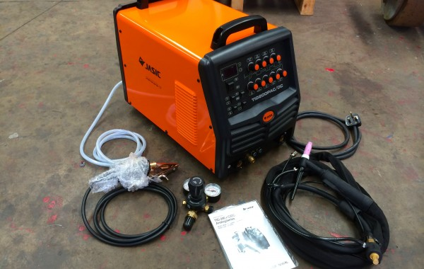 Jasic TIG 200P AC/DC 240V Analog Series Pulse TIG Welding Inverter