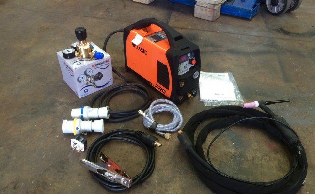 1. Jasic 200P Dual Voltage TIG Welding Machine Complete Package