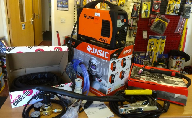 1. Jasic TIG 200P Inverter Welder