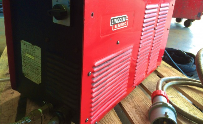 5 Lincoln Invertec V400-T TIG Welder