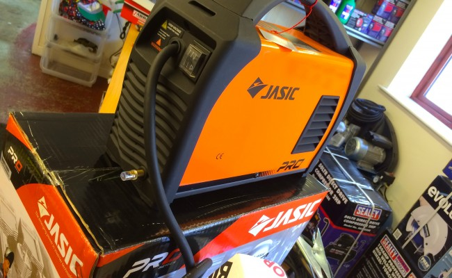 6. Jasic TIG 200P Inverter Welder