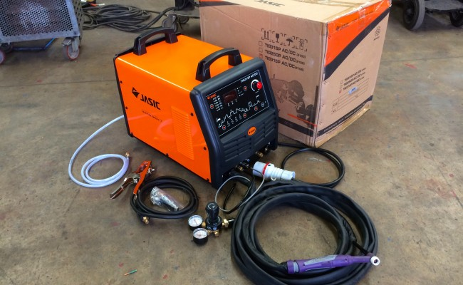 1. Jasic 315P AC:DC Digital 3 Phase TIG Welding Inverter