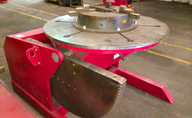 13. 5 Tonne Welding Positioner with 3 Jaw Chuck