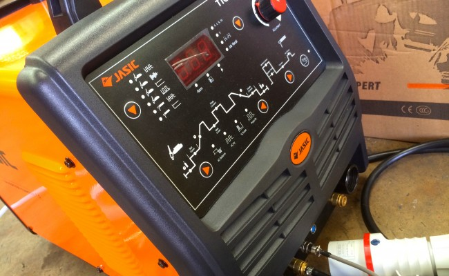3. Jasic 315P AC:DC Digital 3 Phase TIG Welding Inverter