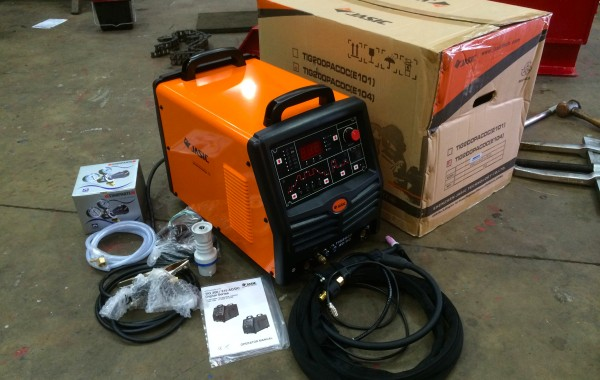 Jasic TIG 200P AC/DC Pulse Digital TIG Welder Inverter, 240V