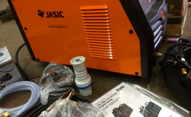 03. Jasic 200P ACDC Digital TIG Inverter