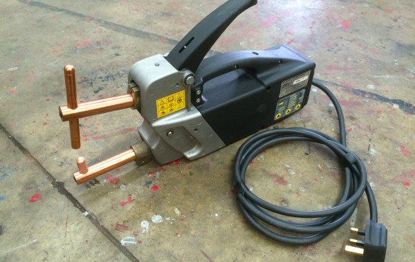 Sureweld Autospot M230F Hand Held Spot Welder Gun, 240V with 'Fuzzy Logic Technology'