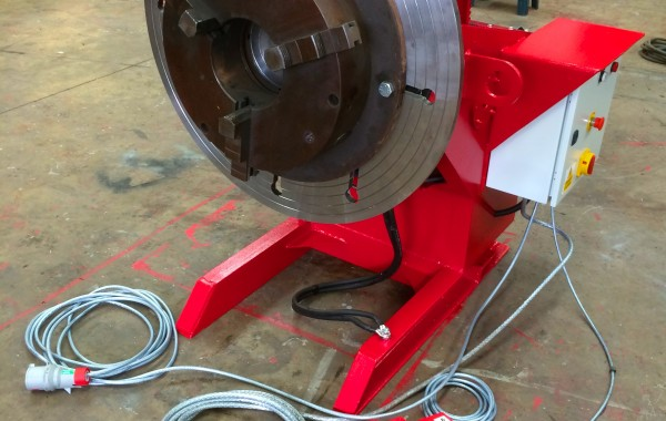750kg Welding Positioner fitted with a 3 Jaw Chuck (plus reconditioning process slideshow)