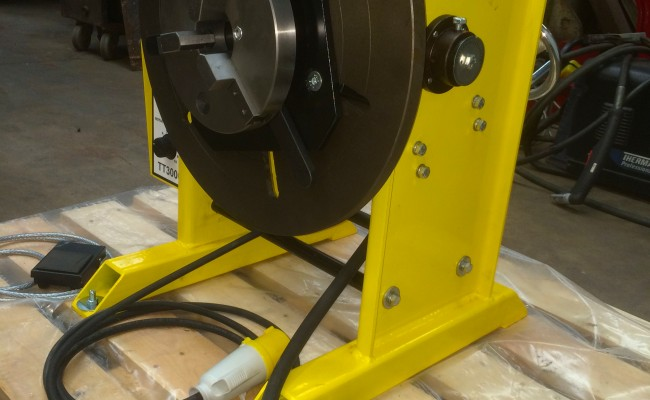 11. 300kg Welding Positioner with Chuck