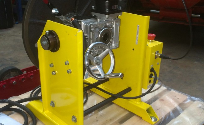 12. 300kg Welding Positioner with Chuck