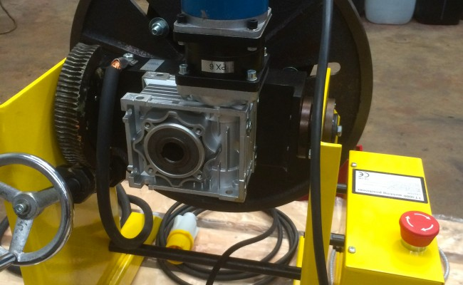13. 300kg Welding Positioner with Chuck