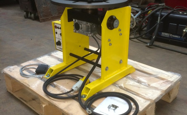 2. 300kg Welding Positioner with Chuck