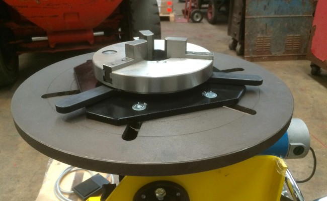 8. 300kg Welding Positioner with Chuck