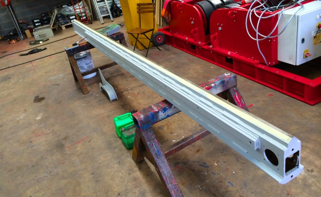 2. BODE 3 m x 3 m Column and Boom Welding Manipulator