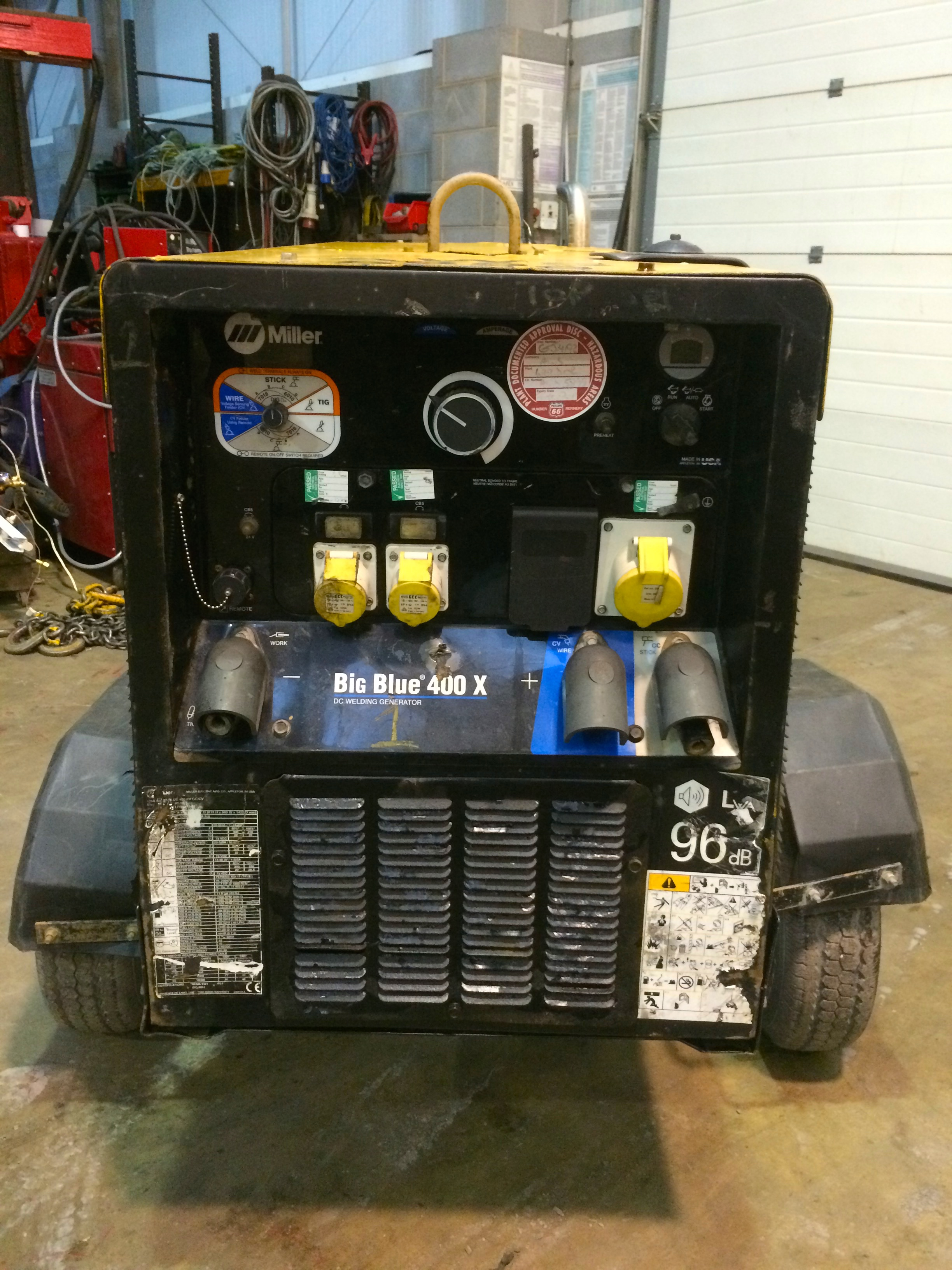 Big Blue Auto >> Used Miller Big Blue 400 X Diesel Dc Welding Generator For Hire