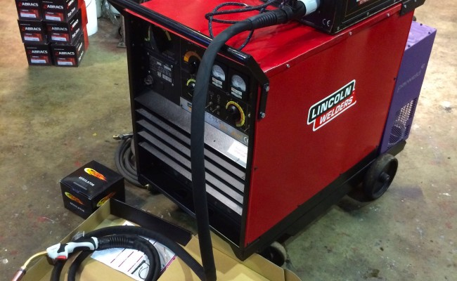 3. Lincoln Electric DC 400 MIG Welder