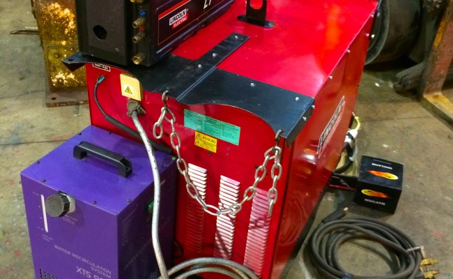 5. Lincoln Electric DC 400 MIG Welder