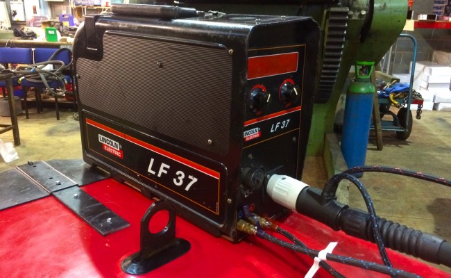 6. Lincoln Electric DC 400 MIG Welder