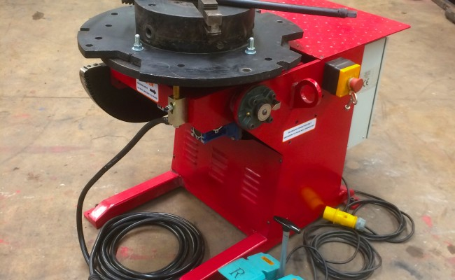 1. 250kg Welding Positioner 110V with Heavy Duty Chuck