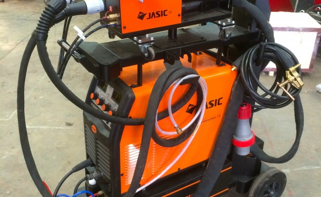 1. Jasic MIG 400 Separate Water Cooled MIG Welding Inverter