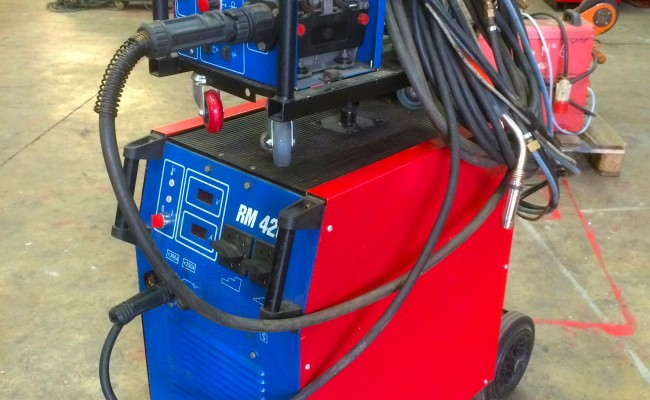 1. Used New Arc RM 420 MIG Welding Machine with 5 Meter Interlink
