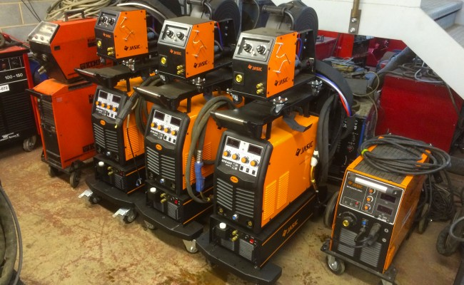 10. Jasic MIG 400 Separate Water Cooled MIG Welding Inverter