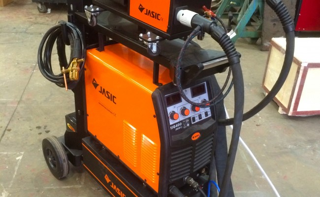 2. Jasic MIG 400 Separate Water Cooled MIG Welding Inverter