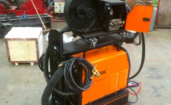 4. Jasic MIG 400 Separate Water Cooled MIG Welding Inverter