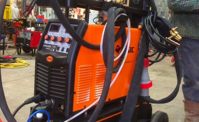 9. Jasic MIG 400 Separate Water Cooled MIG Welding Inverter