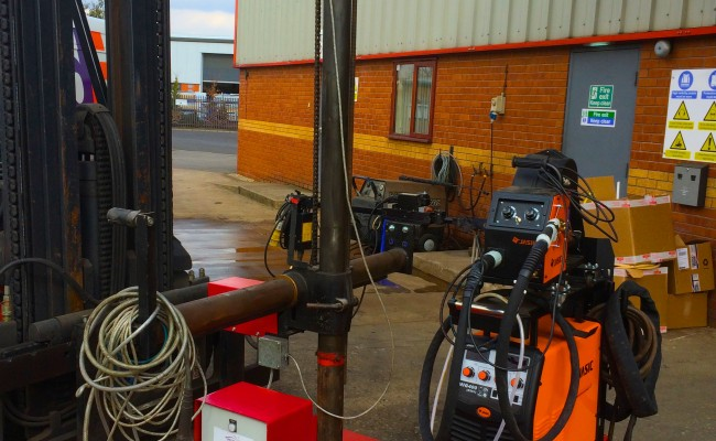 1. Gullco Kat MIG Welding Arm Column and Boom Welding Manipulator