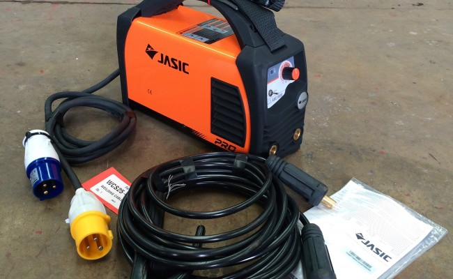 1. Jasic Arc 180 Dual Voltage MMA Stick Welding Machine