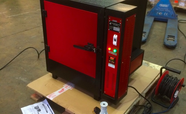 2. Digital 300°C Electrode Bench Oven, 240V
