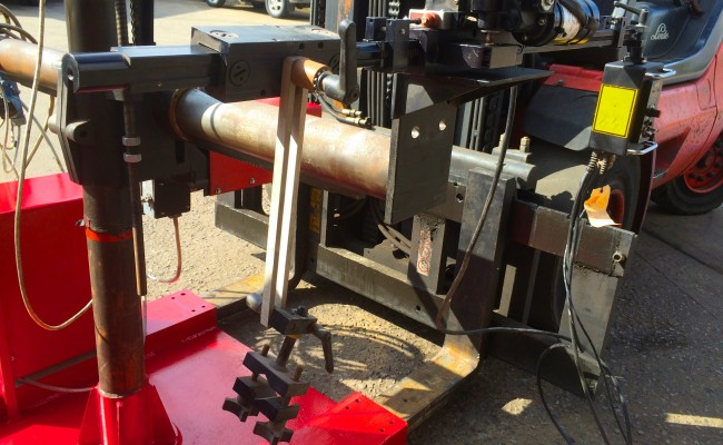 3. Gullco Kat MIG Welding Arm Column and Boom Welding Manipulator