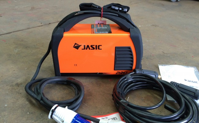 3. Jasic Arc 180 Dual Voltage MMA Stick Welding Machine