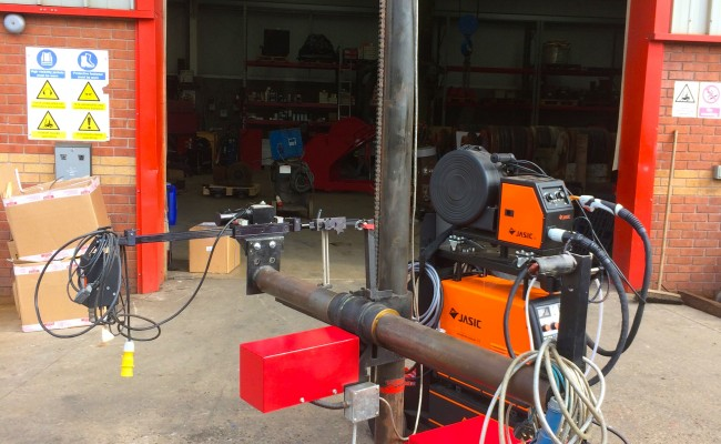 9. Gullco Kat MIG Welding Arm Column and Boom Welding Manipulator