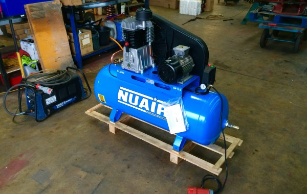 Nuair 200 Ltr Compressor, 5.5 HP, 415V 3 Phase